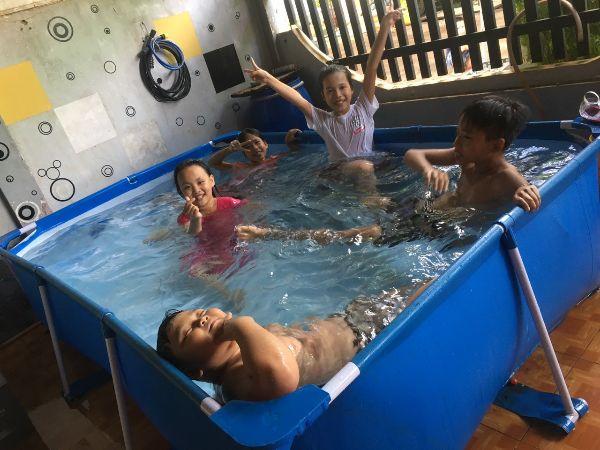 bể bơi lắp ghép cho bé