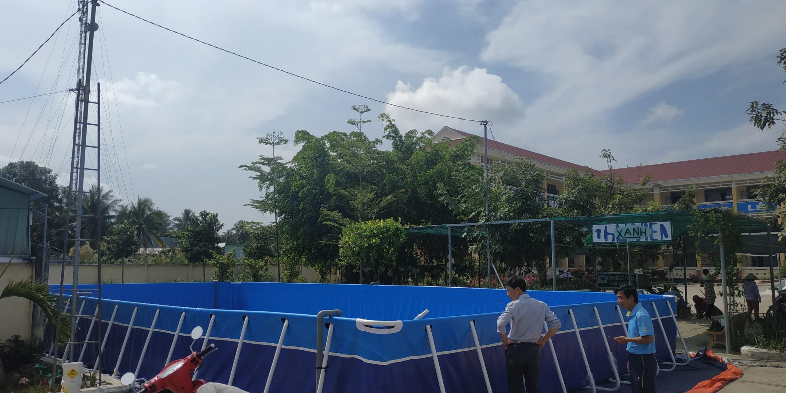 hồ bơi trường học cho trẻ em