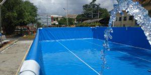 cấp nước vào bể bơi khung kim loại
