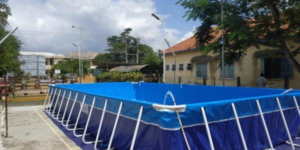 bể bơi khung kim loại