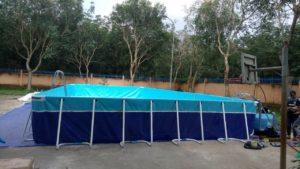 bể bơi di động lắp trên nền bêtông