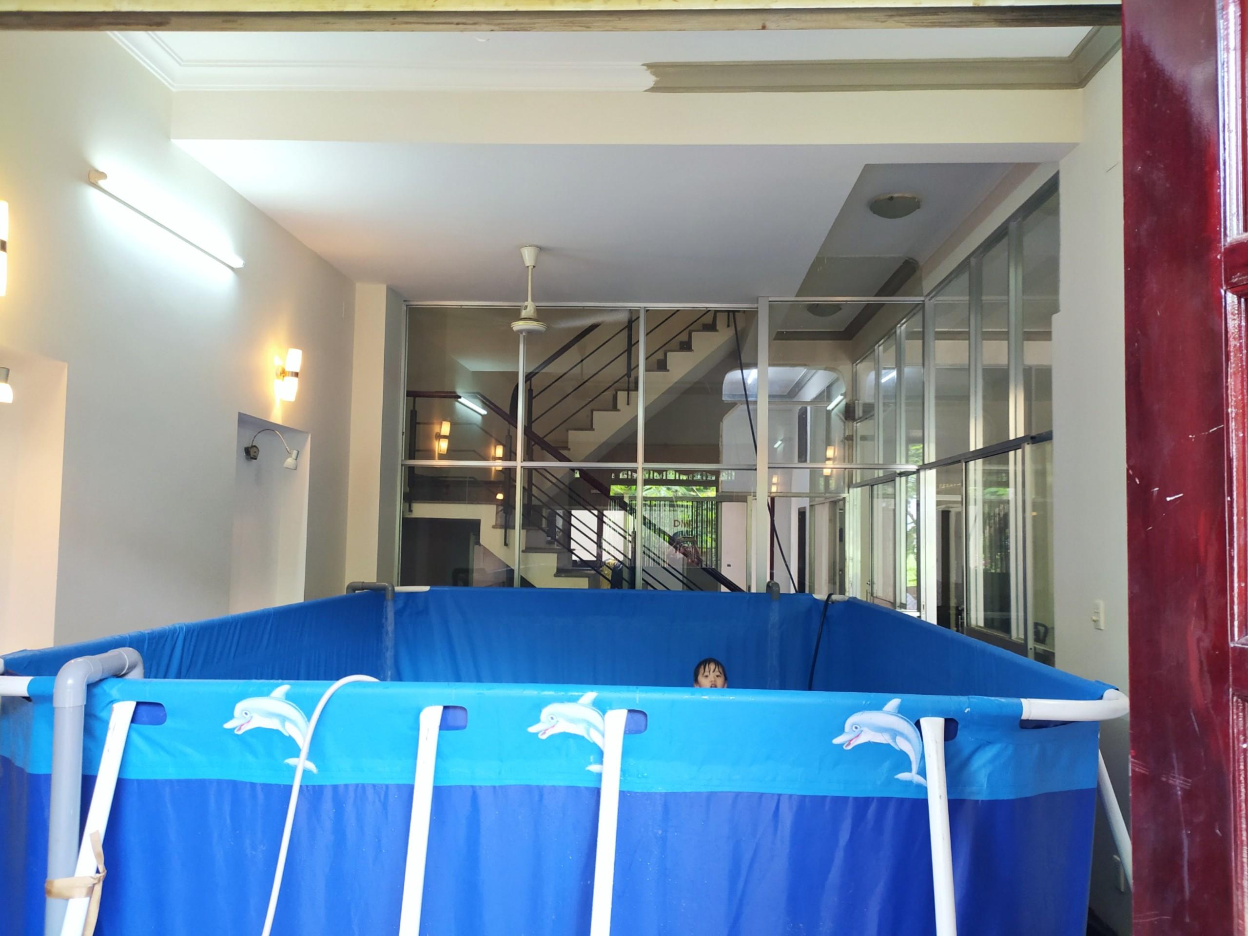 Bể bơi gia đình lắp ghép đặt trong nhà